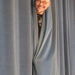 Hr. Cramer + Vorhang